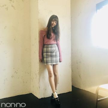 松川菜々花はチェックミニ×ローファーで甘めのグッドガール【モデルの私服】