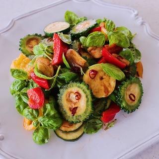 ピリッと香ばしい!夏野菜のグリルサラダ