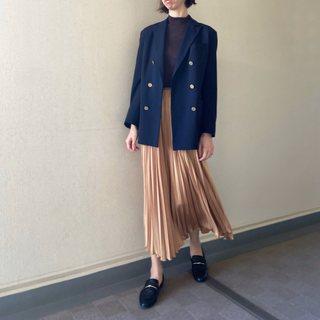 スカート×ジャケットのときめきお仕事コーデ【40代のスタイルアップコーデ #11】