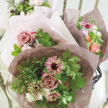 5.贈る花 感謝をこめてスタイリッシュなダリアを