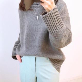 ユニクロの春色パンツ【tomomiyuの毎日コーデ】