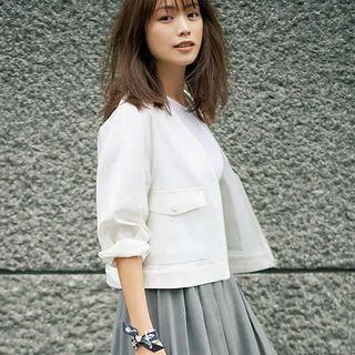 さわやかさ、女らしさ、おしゃれ感をかなえてくれる夏の白コーデ実例|40代ファッション