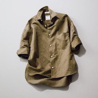 まじめすぎない抜け感を大切に「ゆるっとシャツ」【アラフォーのための厳選リモートトップス】