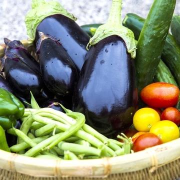 50歳に人気のサラダ野菜、1位は○○!