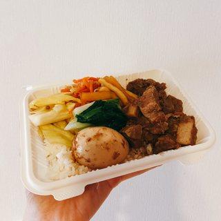 【ピポンペン】テイクアウトもおすすめ! 奥渋谷のアジア屋台料理