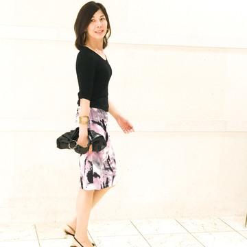 私の華出しコーデ、柄スカートが主役