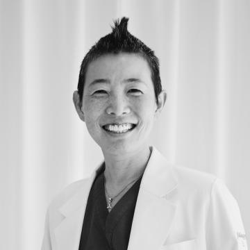 産婦人科医 高尾美穂先生