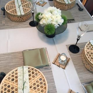 籠を使った涼しげなテーブルコーディネートと夏の和食_1_1