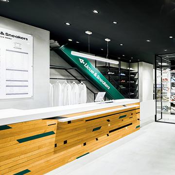 がんこな汚れはプロにおまかせ!日本初のスニーカーウォッシュ専門店『リクエ&スニーカーズ』