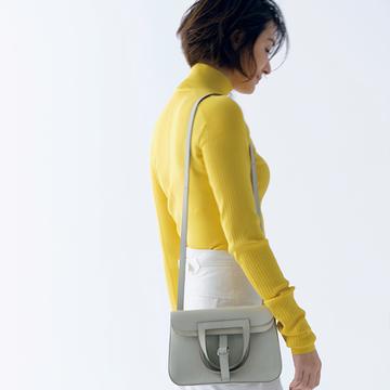 使い方何通りも!馬具から着想を得た遊び心満載の「バッグ」【富岡佳子「エルメスの最上質に包まれて」】