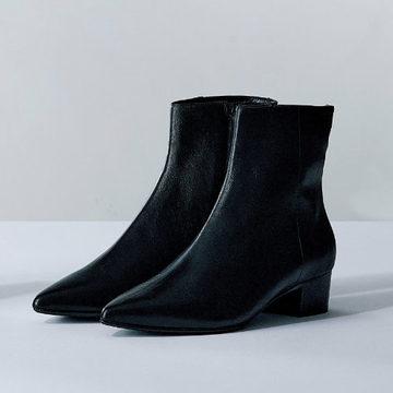 【エクラプレミアム売れ筋まとめ】今秋はこの2タイプがあればいい!黒ショートブーツ&旬スニーカー