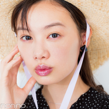 夏のキラキラメイク♡ 透けグロスにギラッとコスメで縁取り!
