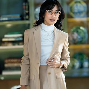 【着映える春スーツ】「アニオナ」の新作は肌映えベージュで軽やかに