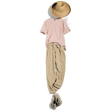 【洗練ナチュラルカラー服】メゾンドリリスのソンブレロ×ベイシークのコットンTシャツとトラックパンツ