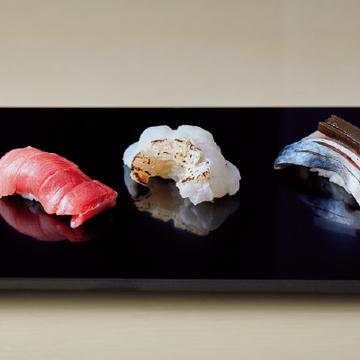 <福岡・鮨の名店⑨>くつろいだ雰囲気で名店の味を堪能できる「寿司と日本料理 やま中本店」