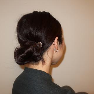 不器用でも3分で完成!「魔法のヘアピン」で無造作風まとめ髪。