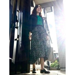 リアル通勤コーデ。やっと晴れた木曜日。シフォンスカートでふんわり軽やかに!