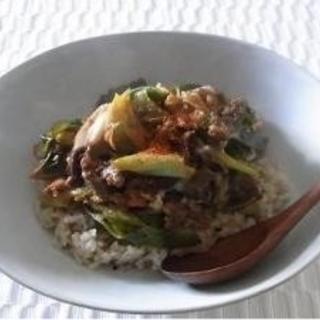 やっぱりお肉が食べたい!疲れを吹き飛ばす、韓国風牛丼レシピ