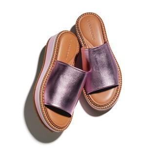 モードな足もとを演出する個性的なシューズ3選【ファッション名品】