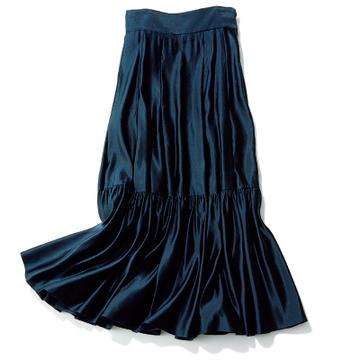スタイリストが伝授!「3タイプの華やぎスカート」で大人の装いをランクアップ