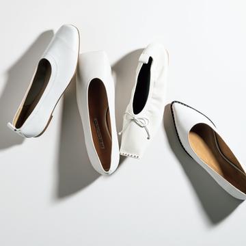 春に映える、ホワイトの洗練シューズ4選【春ファッションに加えたい!マダム戸野塚厳選のフラット靴】