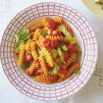 2食材でインスタ映えレシピ♡ 焼きソーセージとレタスのケチャップチリパスタ