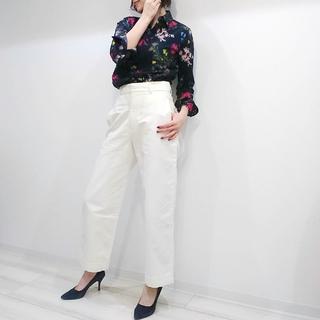 【ユニクロ×イネス 2020年春夏コレクション】で大人のフレンチ・シックコーデ