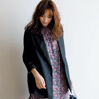 定番の「黒テーラード」をアラフォーが今年らしく着るなら?