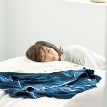 【富岡佳子のプライベートスタイル】パジャマ、部屋着、外出着。着替えることで気持ちに区切りを