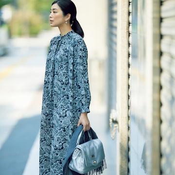 シャツワンピース+ロングブーツで装いの洗練度をぐっと高めて【秋の品格ワンツーコーデ】