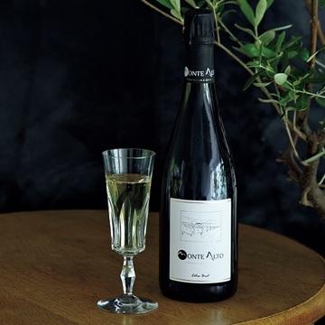 キリリとした極辛口で夏バテにも負けない「フランチャコルタ エクストラ ブリュット」【飲むんだったら、イケてるワイン】