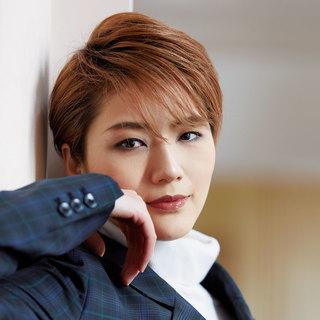 宙組・芹香斗亜さん「今、とても楽しい」揺るぎない実力と自信【宝塚スターに質問!】