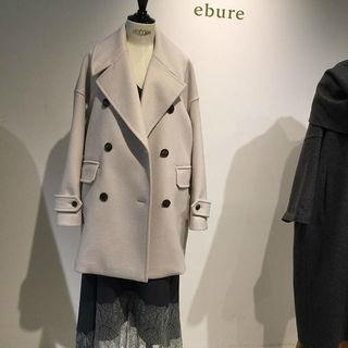 アラフォーをきれいに見せてくれるコートを発見!美しさに惚れ惚れした「ebure」のコート