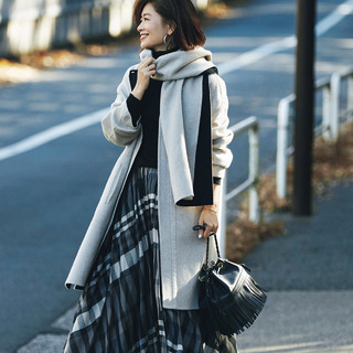 【華やぎスカート編】三尋木奈保の「冬、自分の着こなしに飽きない」5つの方法