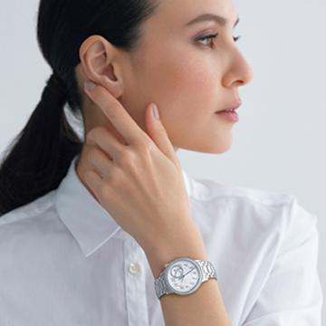 大人の女性にふさわしい美しき新作時計