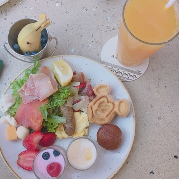 【アウラニ❤︎】朝ごはんを食べながらキャラクターグリーティング!?